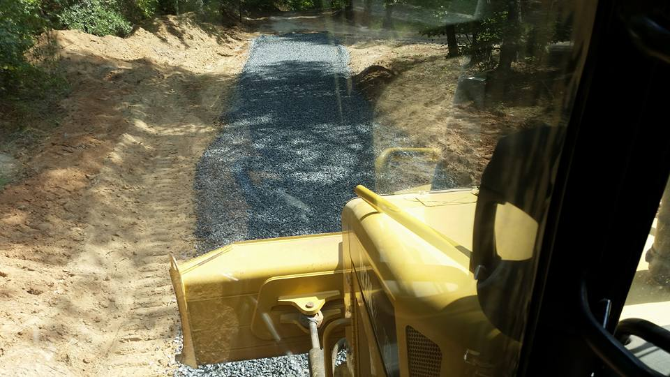 Gravel, crushed stone driveway installation and repair